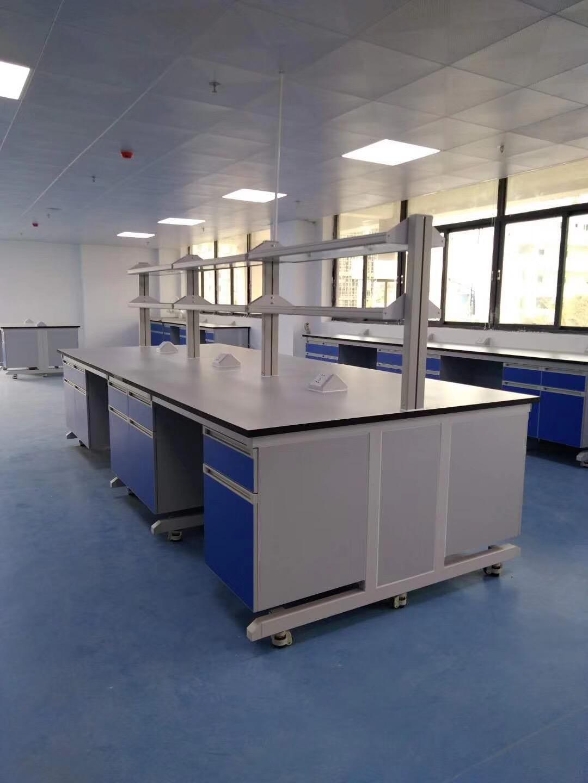 专业提供靠谱的承接工厂装修 潮州实验室边台