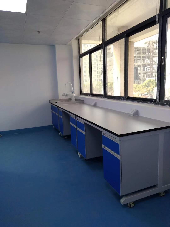 广州高水准的承接工厂装修公司推荐_舒适的实验室边台