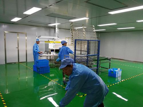 深chou市UV自动喷漆设备生产线