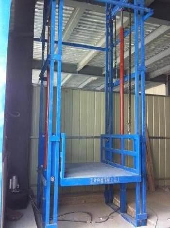 柳州升降梯廠家-規模大的廣西升降機公司