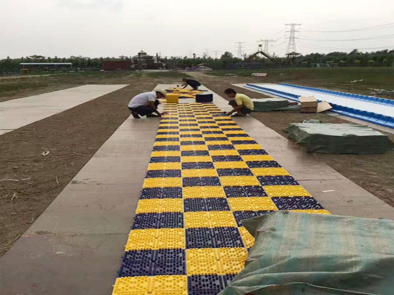 上海七彩旱雪厂家直销-临沂疾风滑草供应性价比高的七彩旱雪