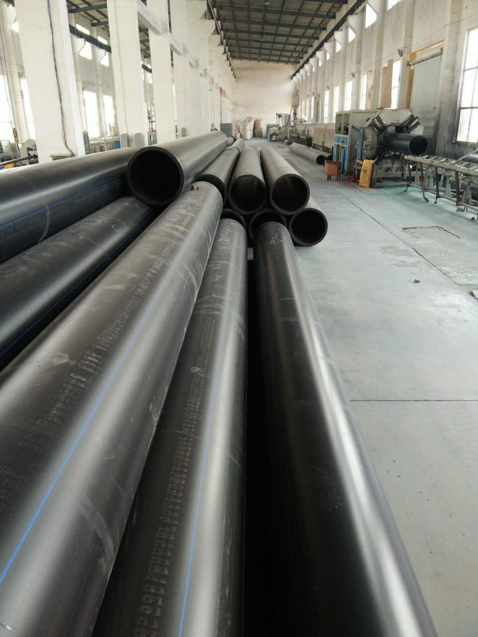 使用寿命长的PE管材管件给水管材管件