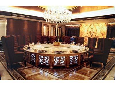 供应甘肃富贵家具公司报价合理的兰州酒店家具 兰州电动餐桌椅