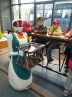送餐机器人-专业为您推荐-送餐美女机器人