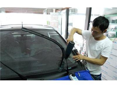 蘭州汽車裝潢培訓-張掖裝潢培訓認準路馳汽車裝潢美容