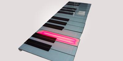 优惠的地板钢琴出售,优质地板钢琴