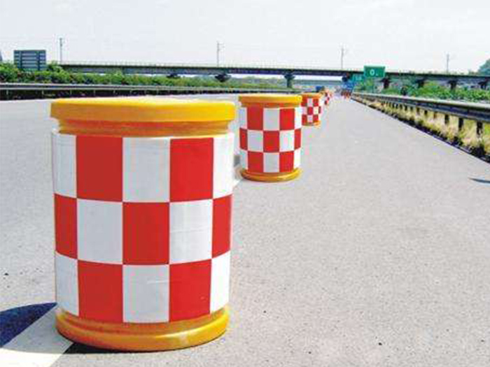 宁夏防撞桶厂家_性价比高的防撞桶当选通达交通设施标牌厂