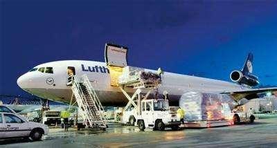 物流服務就選擇八方貨運的美國空派快遞不排倉