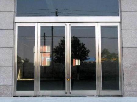白钢门供应_口碑好的白钢门当选沈阳天合铜门副业加工