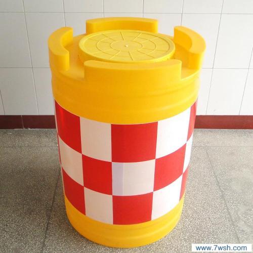 选实惠的云南防撞桶,就到云南路鼎交通设施-云南滚塑手提防撞桶