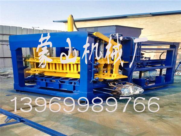 临沂哪里有供应专业的制砖机|悬辊式水泥制管机图片
