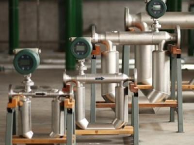 质量流量计特点介绍_科氏质量流量计生产厂家