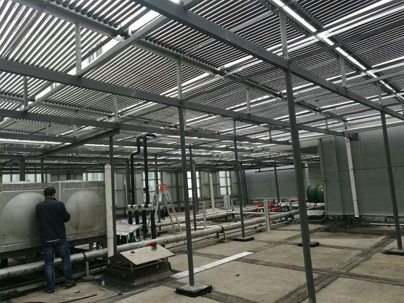 买太阳能水箱就来上海泳泉实业,太阳能保温水箱供应商