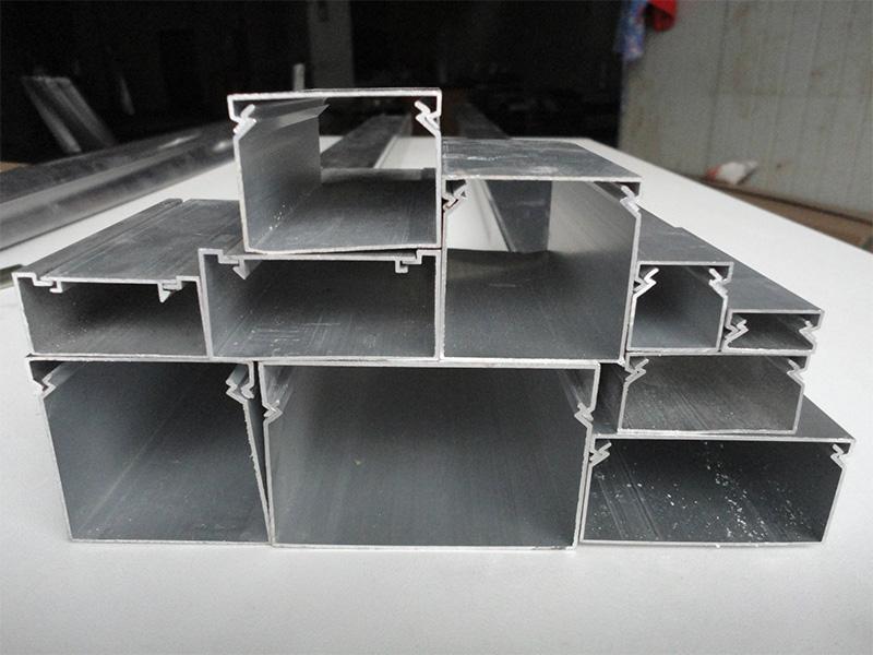 丰镁弧形不锈钢线槽批发厂家|如何买专业的不锈钢线槽
