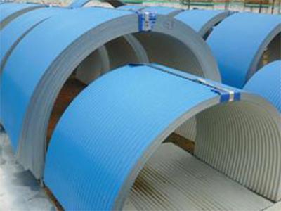 输送机防雨罩厂家_购买彩钢防雨罩当选沧州龙创环保设备