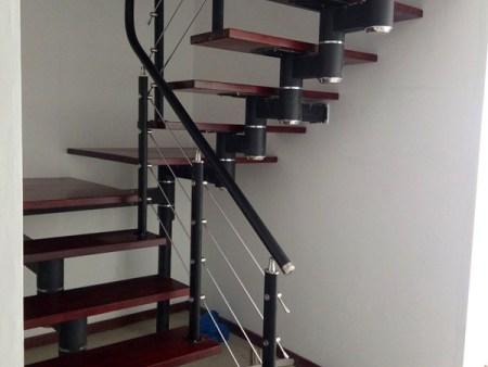 鋼木樓梯哪家好-大量供應好用的鋼木樓梯