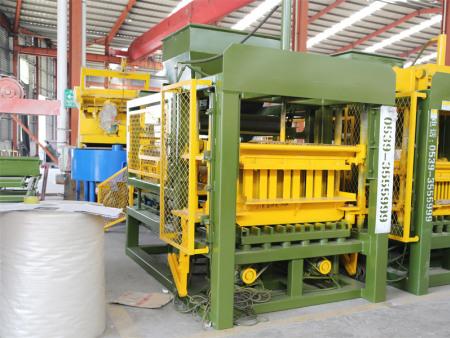 贵州免烧砖机哪家强-质量优的砌块成型机在哪可以买到