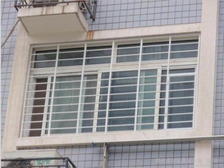 精品纱窗护栏专业供应商-锦州精品纱窗护栏价格