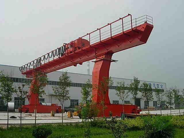 门式起重机型号 华豫起重集团宁波分公司提供有品质的门式起重机