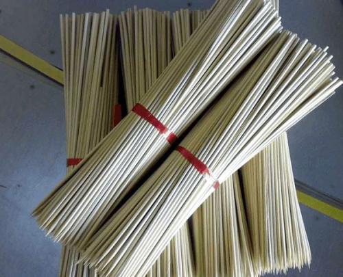 四川烧烤竹签-声誉好的烧烤竹签供应商,当选灿哥竹签厂