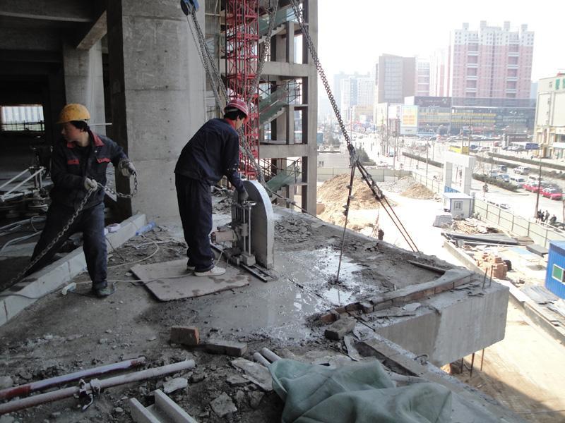 河南哪里有混凝土切割公司-混凝土切割哪家技术好