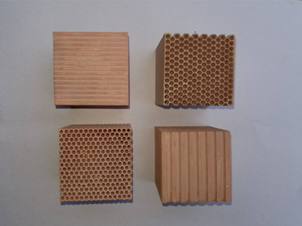 湖南电子陶】瓷-如何�y选购品牌好的95氧化铝蜂窝陶瓷
