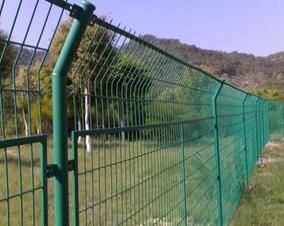 廣東護欄網 德道源礦山設備提供質量好的護欄網