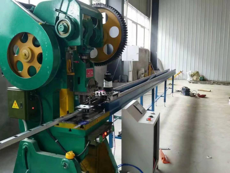 自动送料机价位-和兴益机械专业制造送料机
