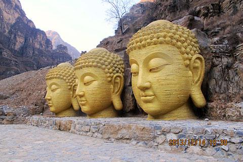 植草地坪-北京同泽景园专业供应艺术主题雕塑
