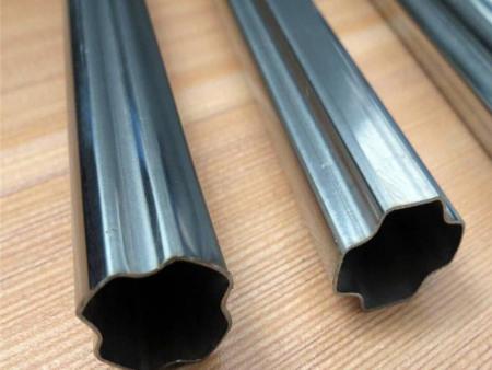 【不用远走的钢管厂家】异型钢管生产厂家选择——鑫宏供应商