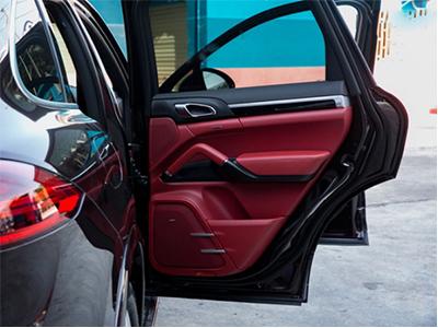 汽车内饰翻新多少钱 高端汽车内饰的改装哪里找