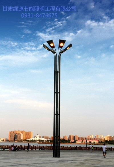 高杆灯哪家好价格行情,怎样才能买到高质量的高杆灯