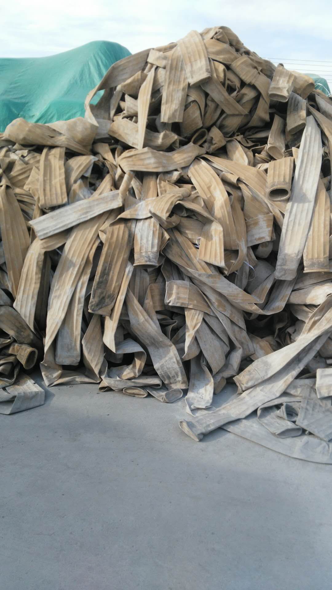 金穗纺织-专业的回收废旧除尘滤袋公司_优惠的回收废旧除尘布袋