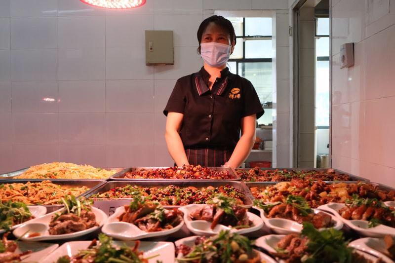 深圳市祥瑞餐饮管理-食堂承包行业专家