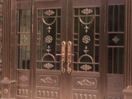 鉴别沈阳铜门的具体方法