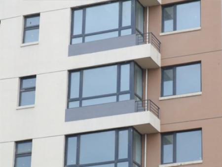 甘肃断桥铝合金门窗-品质好的断桥铝窗户哪里买