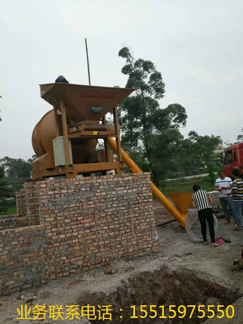 郑州品牌好的出料1方的混凝土皮带输送机厂家直销 出料1方的混凝土皮带输送机厂家批发