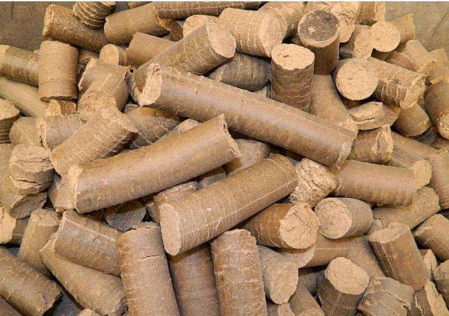 生物质压块燃料供应_河北实惠的木屑颗粒哪里有卖