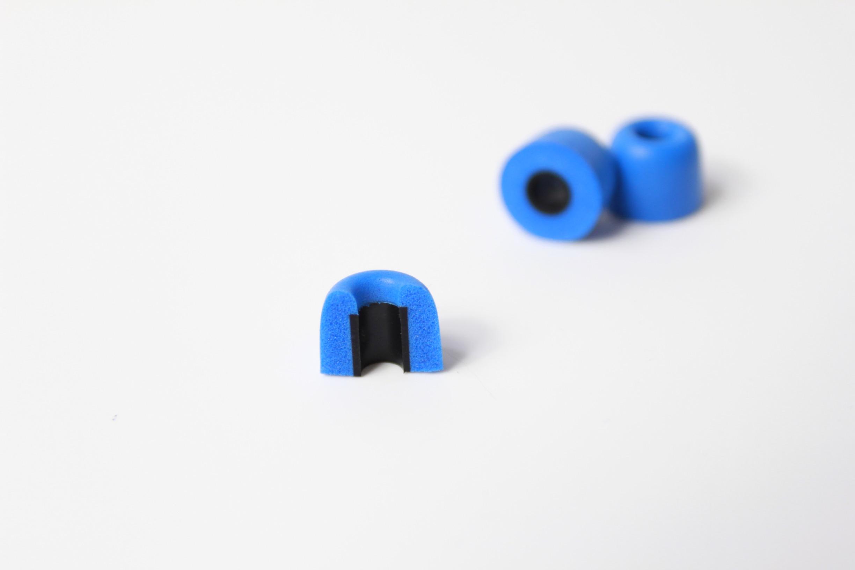 艾尔高端产品:记忆海绵耳塞,颜色多,韧性好。