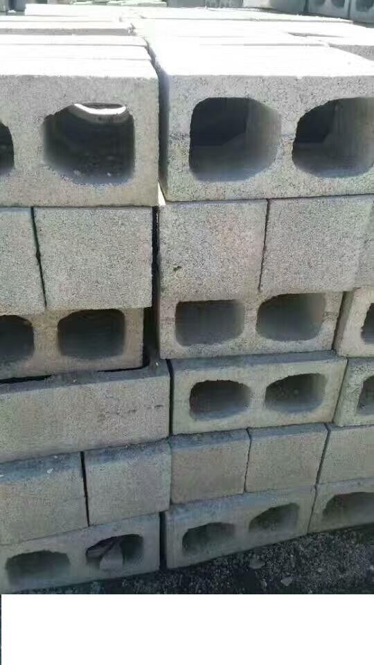 混凝土空心砌块