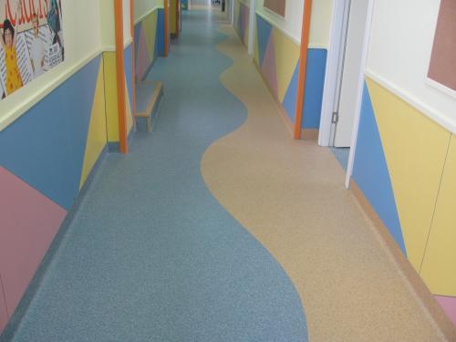 为您推荐沈阳芝柏装饰工程品质好的PVC地板_大连PVC地板厂家