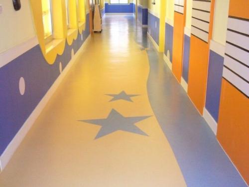 沈阳品质好的PVC地板,鞍山PVC地板厂家