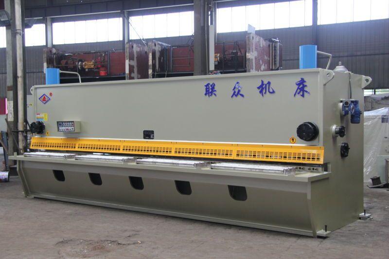 联众剪折卷机床_专业的数控闸式剪板机提供商-剪板机哪家好