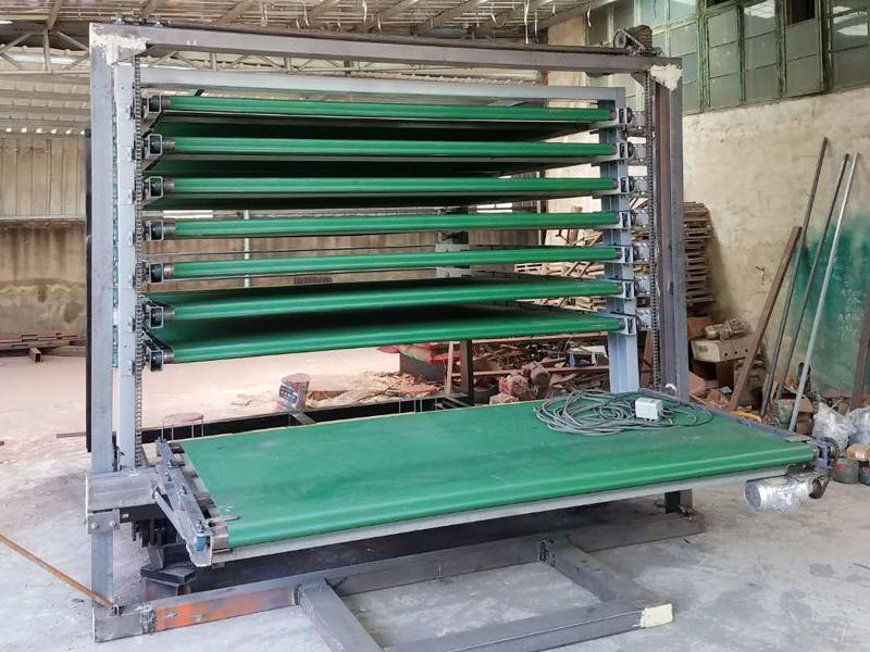 临沂哪里有专业的三聚氰胺双面贴纸机-台湾三聚氰胺双面贴纸送板机