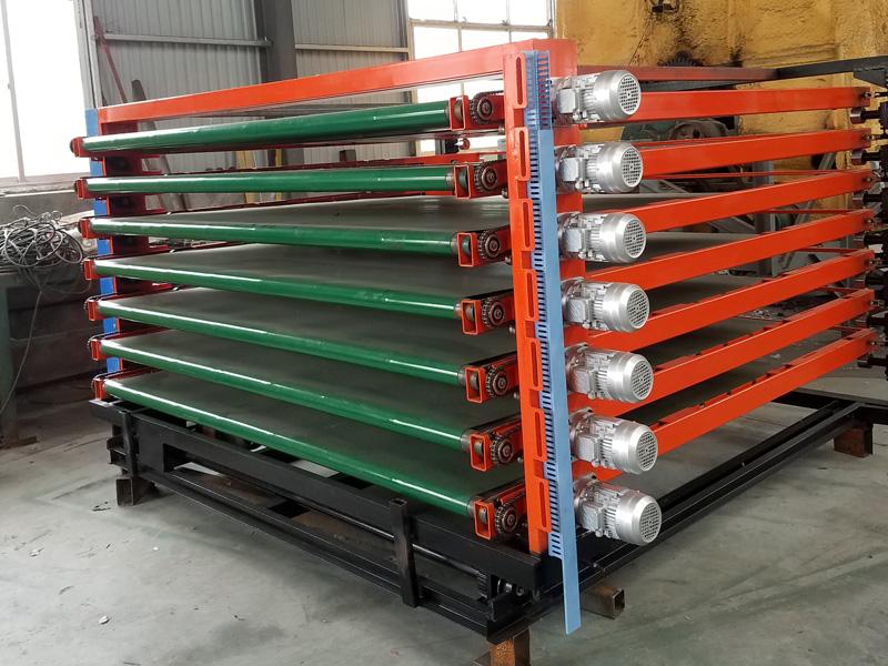 绿能机械专业供应三聚氰胺双面贴纸机-三聚氰胺双面贴纸送板机直供