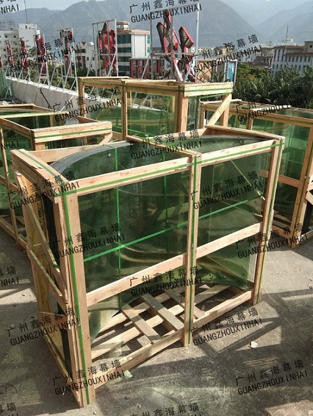 更换弧形玻璃广州有提供 ——哪有更换弧形玻璃