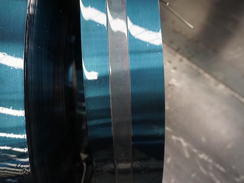 青海钢带-临沂提供优惠的烤蓝带钢