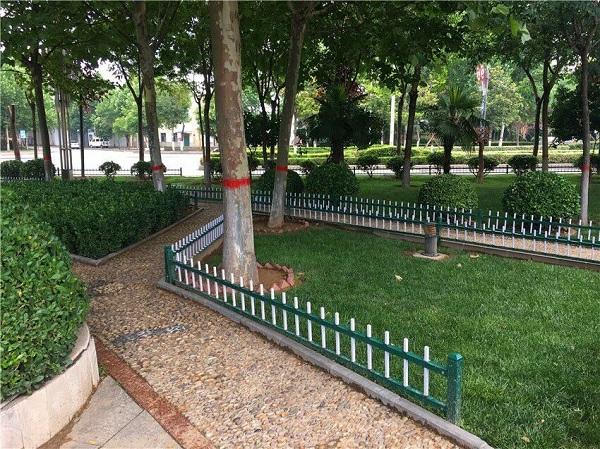 洛陽草坪欄桿哪家好-超值的草坪欄桿推薦