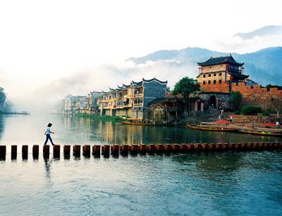 张家界凤凰旅游攻略|湖南信誉好的张家界结伴游厂家