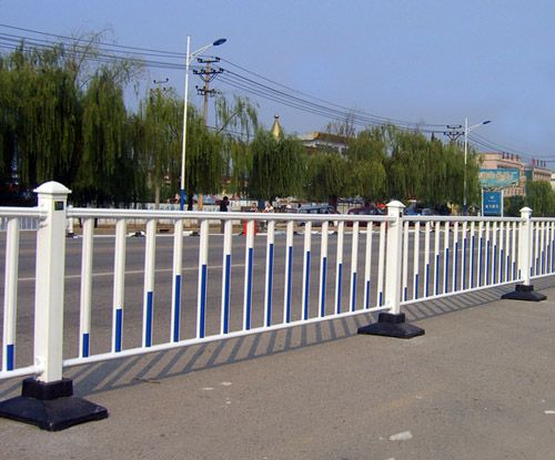 衡水专业道路护栏供应_江苏道路护栏